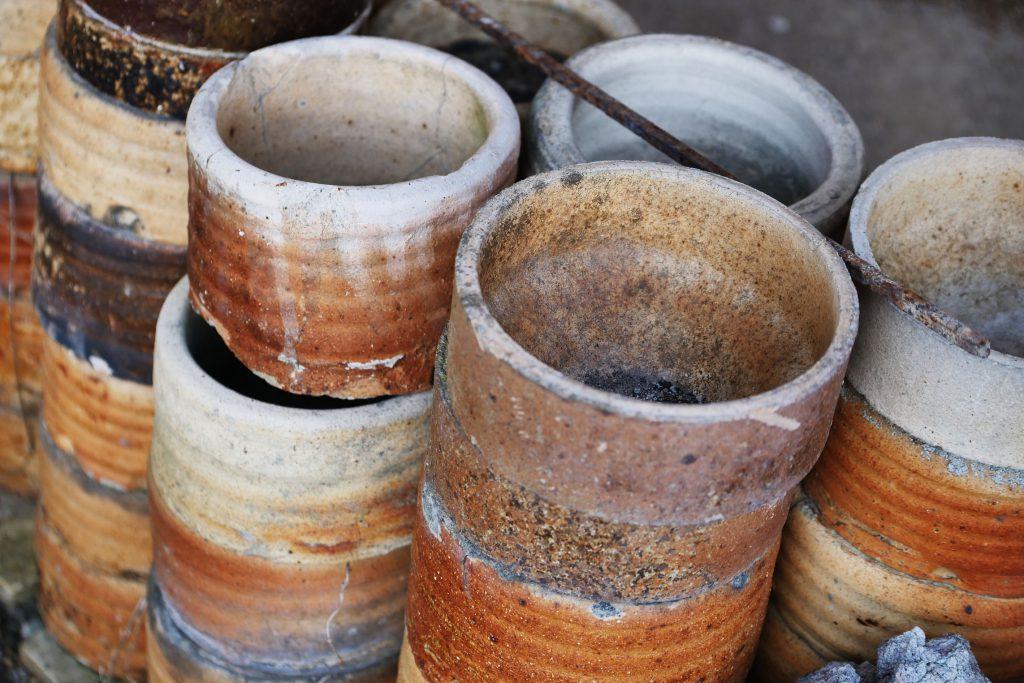 Abdeckgefäße für den ascheanflugfreien Brand im Noborigama