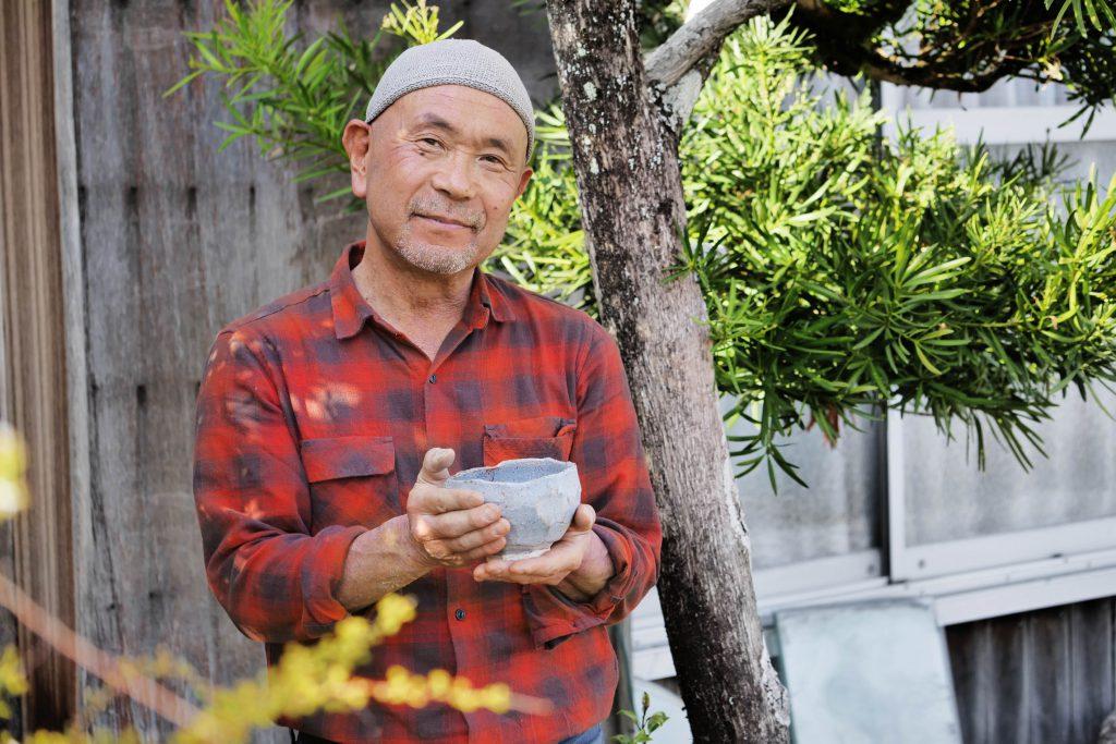 KATO Juunidai mit der Rittai-shugi no chawan