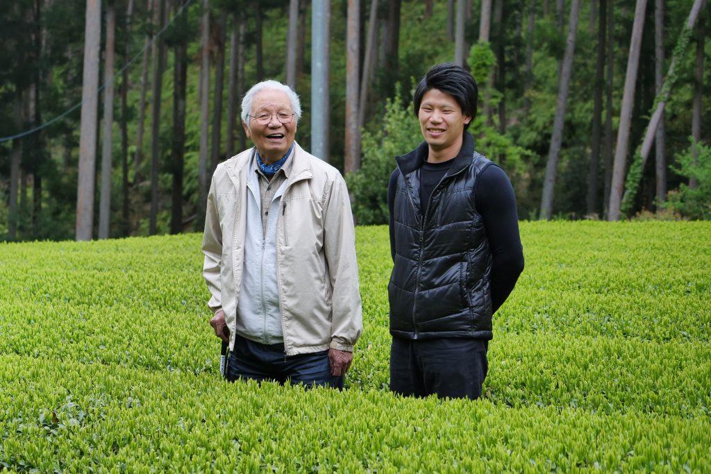 Iwao Hayashi (links) und sein Enkel Shuhei Hayashi (rechts)